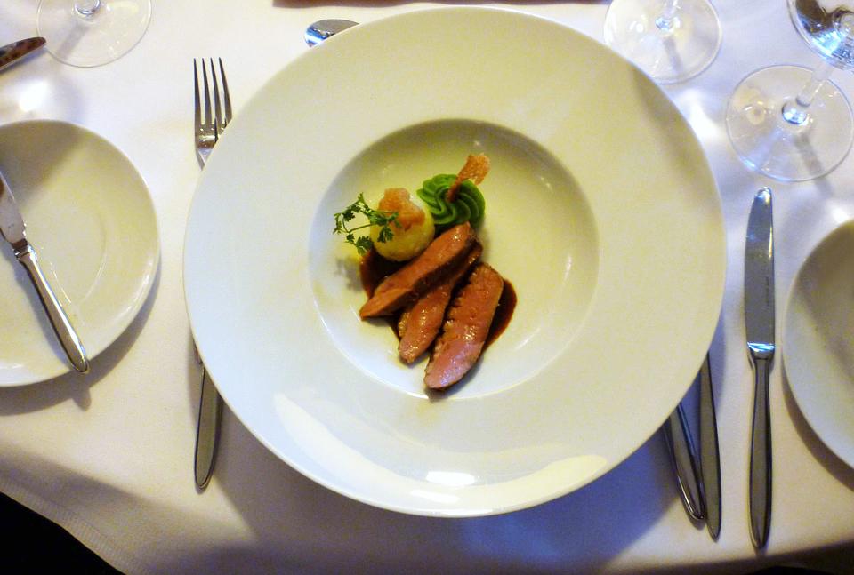 AQUILA-PORTO-RETHYMNO-HOTEL—PIAZZA-DI-PORTO-RESTAURANT-DINING