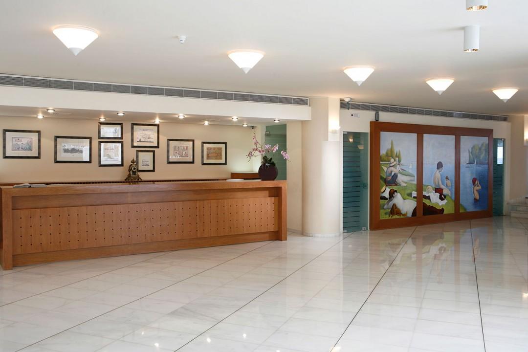 AQUILA-PORTO-RETHYMNO-HOTEL—LOBBY