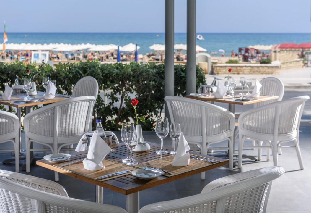 AQUILA PORTO RETHYMNO HOTEL – PIAZZA DI PORTO BEACH FRONT